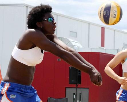 2 Ottawa Natives Make Team Canada Women S Volleyball Team